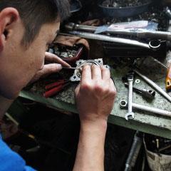 尾張旭市で自動車の修理・整備 | 尾張旭市・瀬戸市周辺で車検、新車・中古車販売、パーツ持ち込み取り付け、整備・修理、タイヤ保管ならアイ・オート
