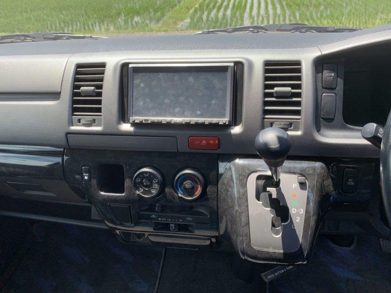 トヨタ ハイエース スーパーGLロング|尾張旭市にある中部運輸局指定民間車検工場