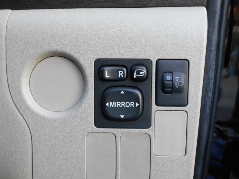 トヨタ パッソセッテ G 7人乗り フルセグナビ ドライブレコーダー ETC付|尾張旭市にある中部運輸局指定民間車検工場